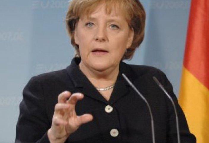 Меркель: Германияда исламофобияға жол жоқ