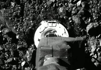 Разные: Как OSIRIS-REx брал пробу грунта астероида Бенну (видео)