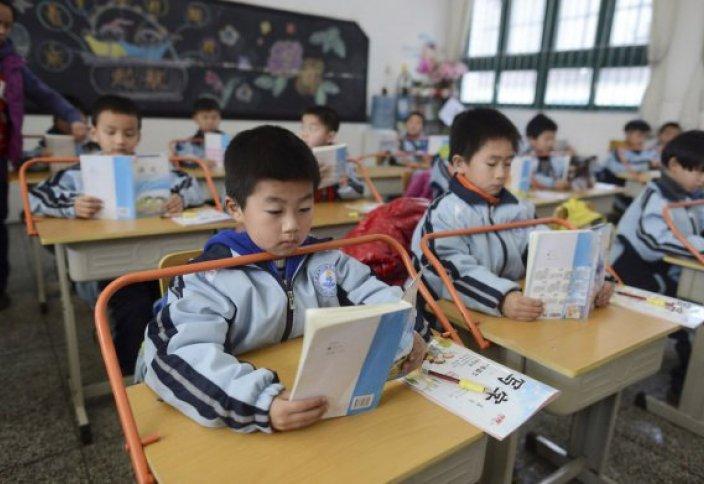 Разные: В Китае упоминания о Боге убрали из детских рассказов