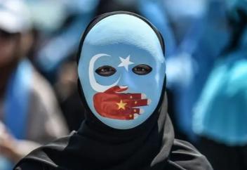 Разное: Китайский гимн и свинина по пятницам – будни лагерей