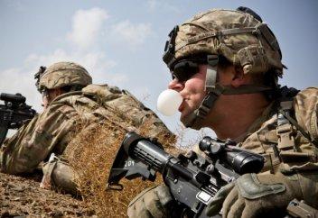 АҚШ Ауғанстаннан әскерін шығаруды тағы күн тәртібіне қойды