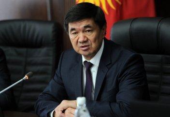 Новый премьер-министр Киргизии отказался от охраны и кортежа