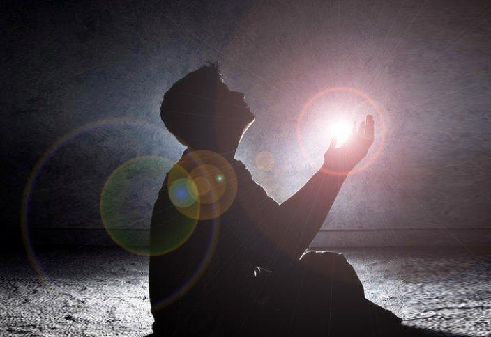 Священника шокировало поклонение мусульманина из Караганды (ВИДЕО)