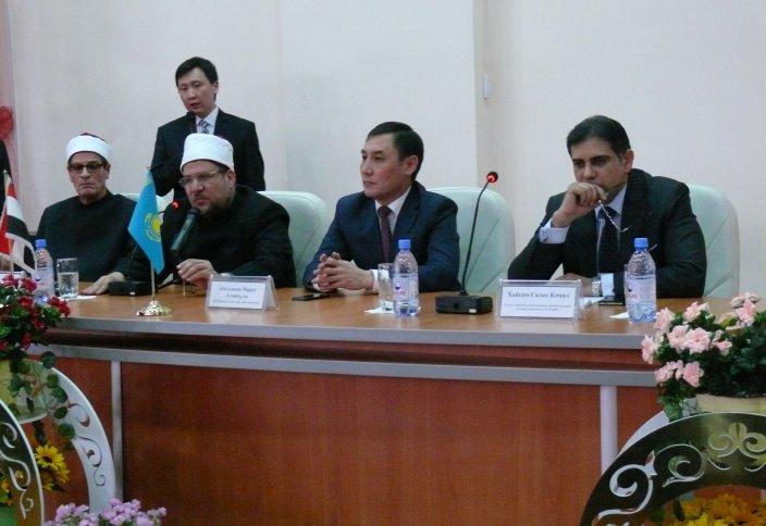 «Нұр-Мүбәрак» университеті «Әл-Азһардың» деңгейіне жету жолында