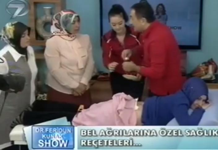 Скандал вокруг массажа мусульманки в прямом эфире (видео)