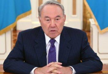 Назарбаев өкілеттігін тоқтатқанын мәлімдеді (видео)
