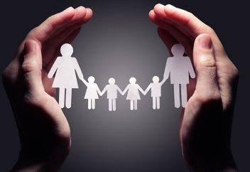 Как многодетным матерям оформить пособие через SMS