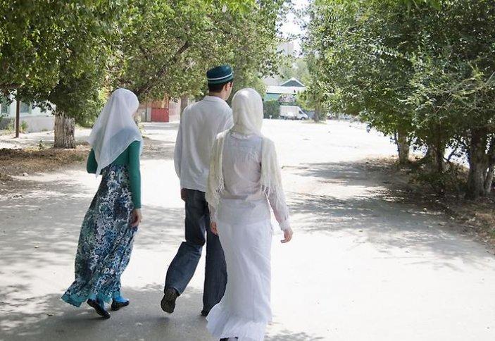 Налог за вторую жену предложили в Индонезии