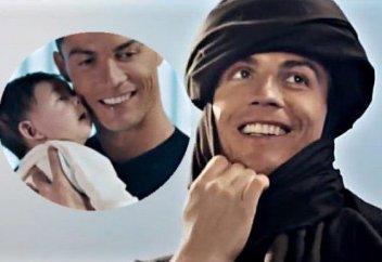 Роналдо бәдәуиге айналып, арабша сайрады (видео)