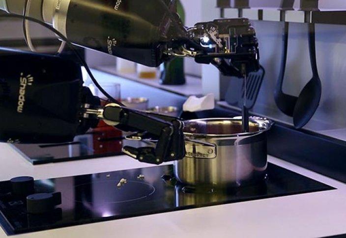 Ұлыбританияда аспазшы-робот құрастырылды