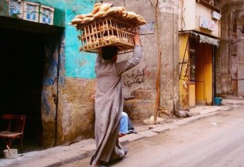 Мұсылман еліндегі нан жеткізушілер (фото)