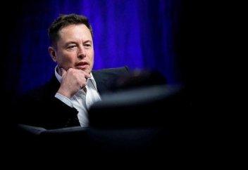 Илон Маск адам саны 2050 жылға қарай азаятынын алға тартты