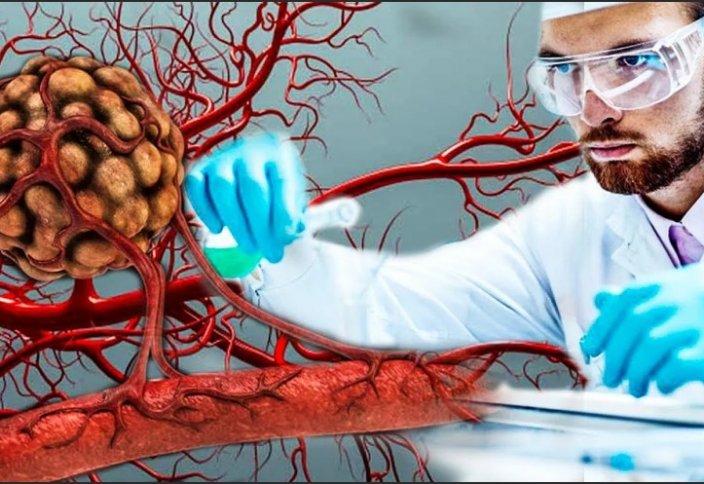 В США разрешили лечить от COVID-19 кровью выздоровевших