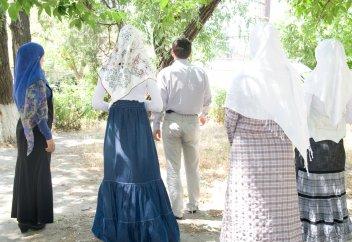«Сколько жен в самый раз – три или одна?» — плюсы и минусы современного многоженства