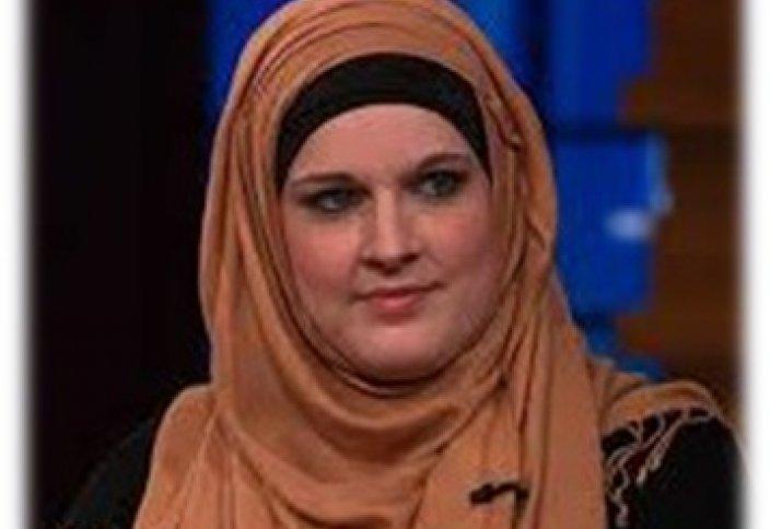 Рэп-певица изменила свой образ жизни и приняла ислам (видео)