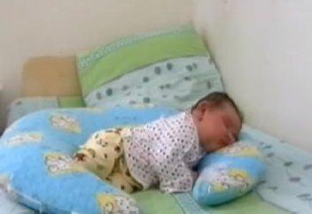 Младенец-гигант весом более 6 килограммов появился на свет в Таразе (видео)