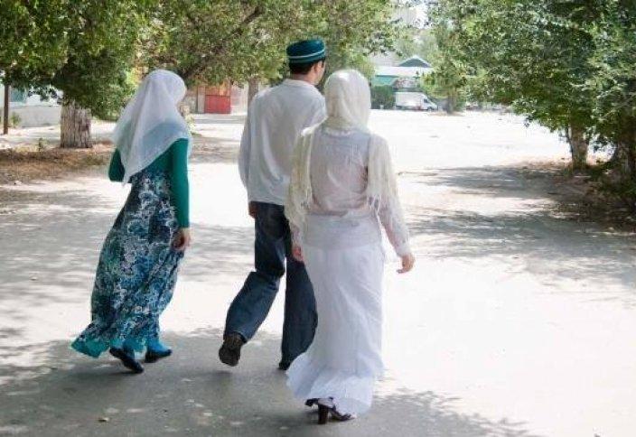 Ислам діні көп әйел алуға неліктен рұқсат еткен?