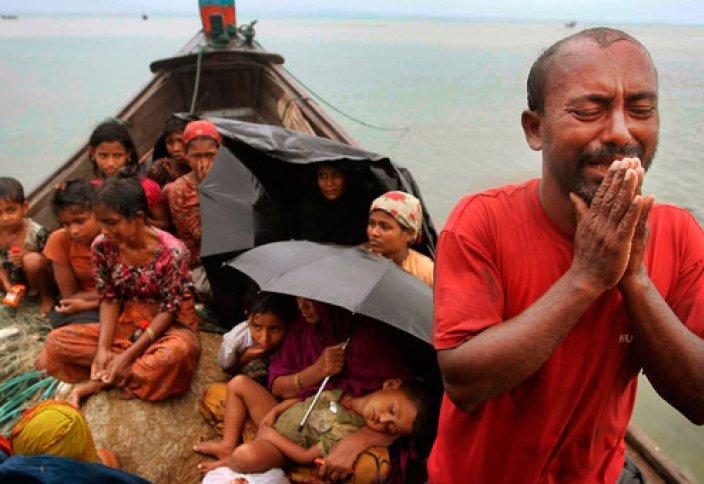 Мусульмане Мьянмы спасаются бегством от гонений и пыток