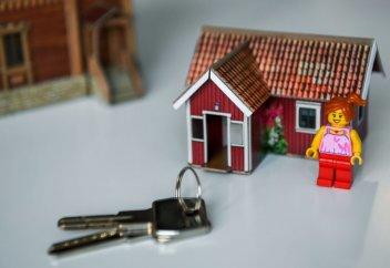 Как получить жилье от государства в Казахстане