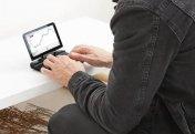Создан самый маленький в мире ноутбук (фото+видео)