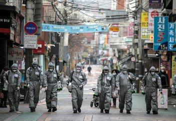 Южная Корея рассказала о распространении особо заразного штамма коронавируса