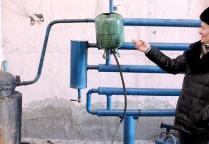 Бензин из мусора производит изобретатель из Жезказгана