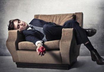 Новое исследование: COVID-19 приводит к длительной усталости. Ученые выявили основной способ распространения коронавируса