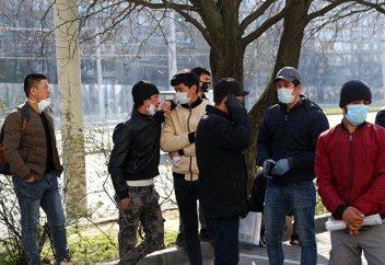 Коронавирус в России: трагическая судьба среднеазиатского мигранта (Le Monde, Франция)