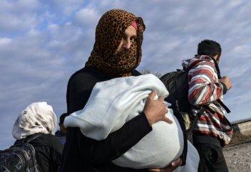 Христиандарға қарағанда мұсылмандар босқындарға көп қарасқан