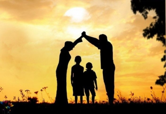 Почему мусульманин должен хорошо относится к родителям? | Ислам Sound