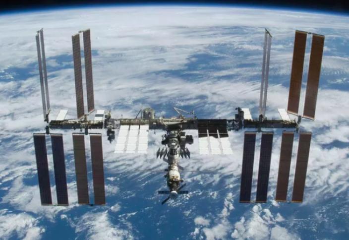 Казахстанцы могут выиграть 10-дневную путевку на МКС 3261