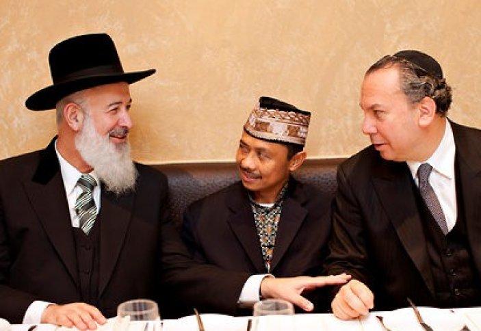 Межконфессиональный диалог – обсуждение проблем религиозных меньшинств