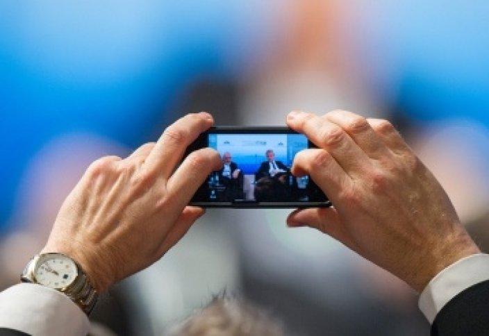 Постоянные фото на смартфон мешают формировать воспоминания