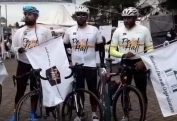 Паломники из Кении отправились в Хадж на велосипедах (ФОТО, ВИДЕО)