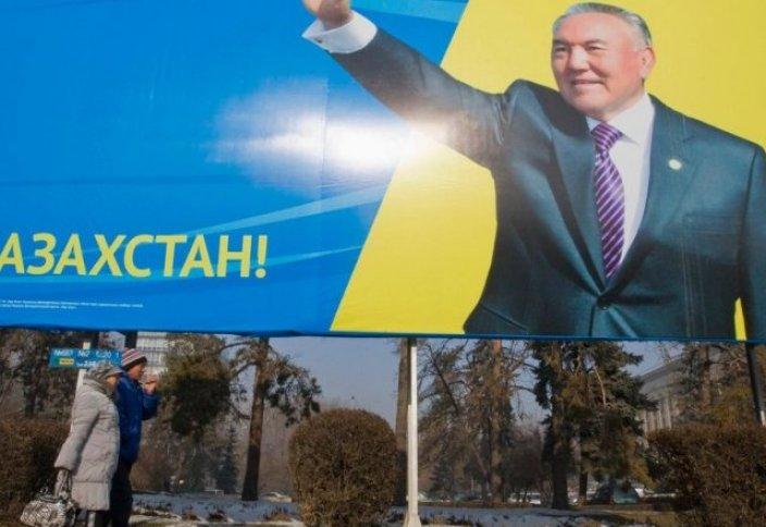 Требование Президента Республики Казахстан: заменить на билбордах свое изображение информацией о занятости