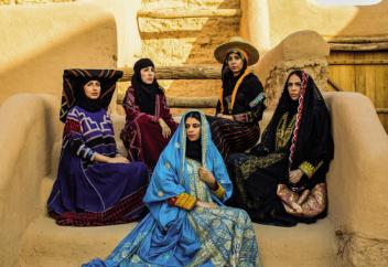 Абайя – одежда, имеющая 4000-летнюю историю. В Бельгии представили новое виденье абайи