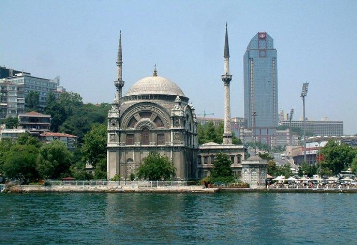 Три стамбульские мечети построены женщинами