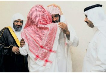 Отец пообещал простить убийцу сына, если тот выучит Коран