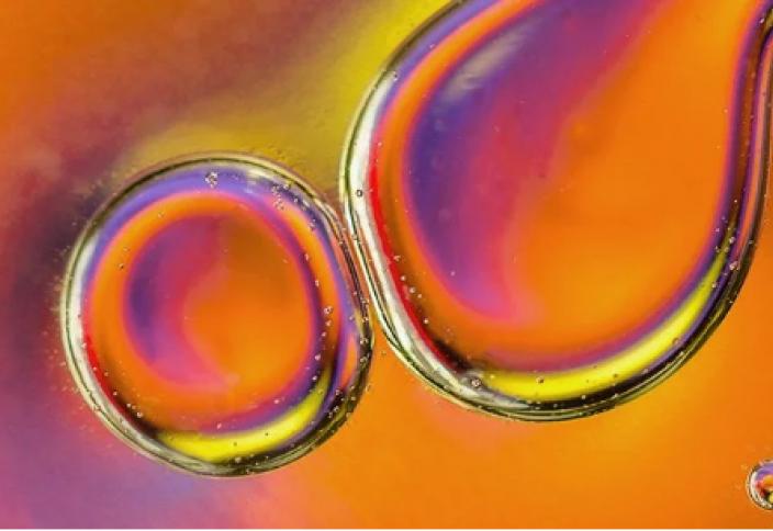 Күн энергиясын 20 жылдай сақтауға мүмкіндік беретін сұйықтық жасалды