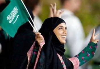 Саудиялық әйелдерге көп нәрседе еркіндік берілгенімен қандай мәселелерде оларға салынған тыйымдар әлі күшін жойған жоқ