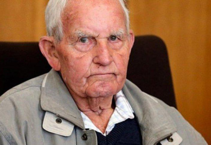 Освенцим лагерінде қарауыл болған 93 жастағы қария 300 мың адамды жер жастандырыпты