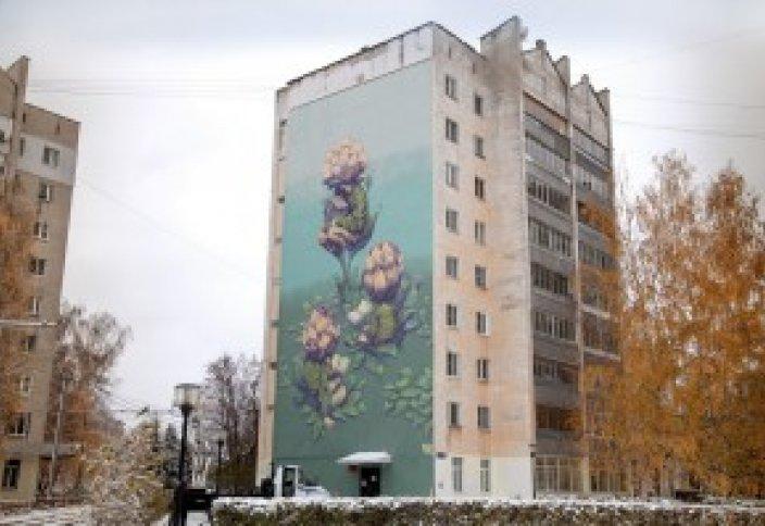 Искусство по законам Шариата на домах Нижнего Новгорода