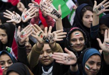 Жителей Ирана ограничили в праве на демонстрации