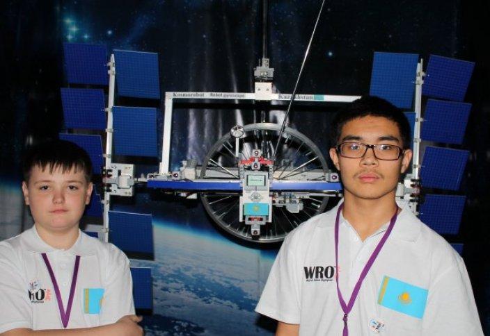 Космический бот из Казахстана завоевал приз на Всемирной олимпиаде по робототехнике