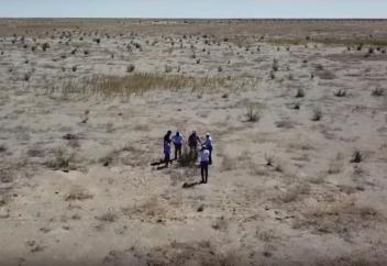 Дно Аральского моря впечатлило ученых. Видео: как будет выглядеть Земля, если все ее водоемы высохнут