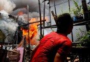 Вечный огонь: как обитатели филиппинских трущоб спасаются от пожаров — и вновь становятся их причиной