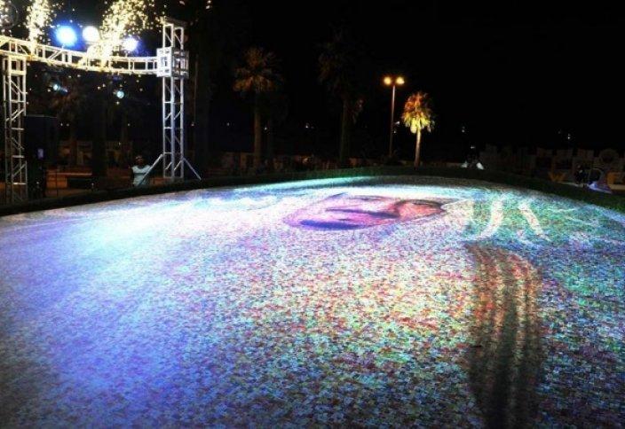 Портрет из 1 270 000 цветов для Саудовского Короля