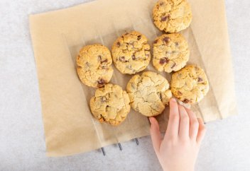 Популярное печенье запретили в Казахстане из-за ГМО