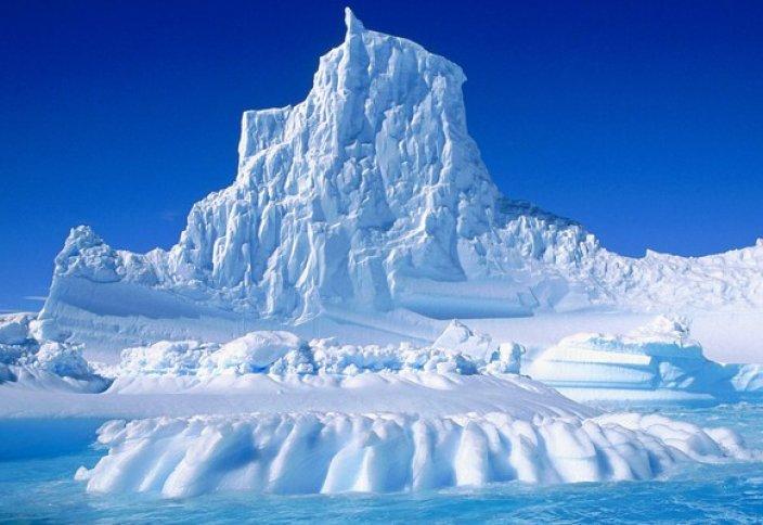 Антарктидада жылына шамамен 160 миллиард тонна мұз ериді