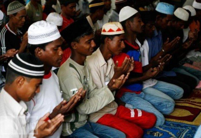 Индонезия жастары аралас некеге қарсы күрес ашады